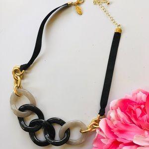 LOFT necklace 🦚